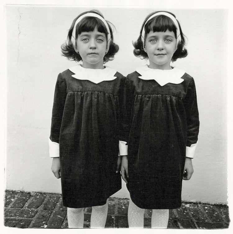 """Twins"" de Diane Arbus"