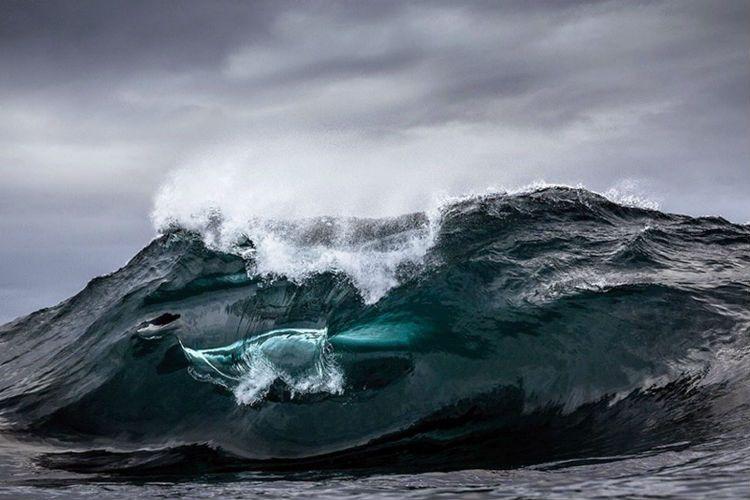 Fotografía de olas por Warren Keelan