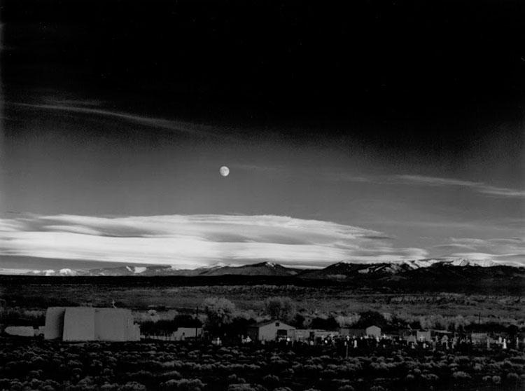 ansel-adams-creador-del-sistema-de-zonas-moonrise-hernandez