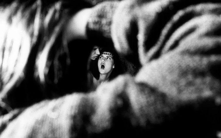 Fotografía Voyeur de Susana Meiselas