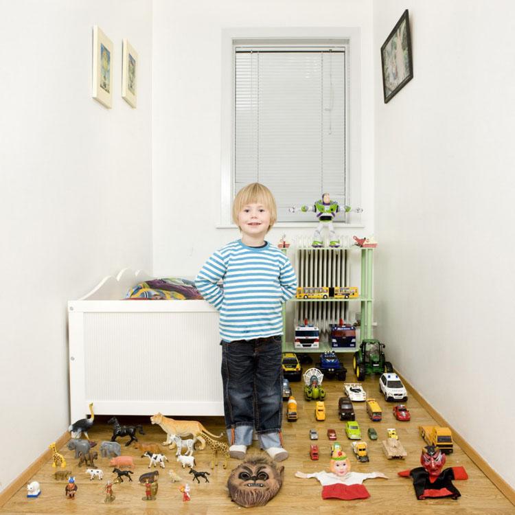 Imagen por Gabriele Galimberti, Toy Stories. Ragnar, Iceland