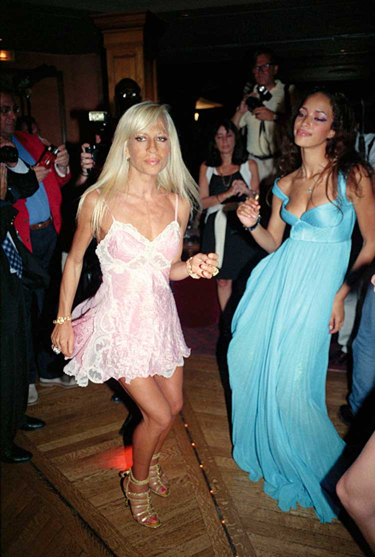 Donatella en la semana de la moda de París