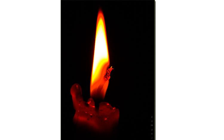 Llama de fuego de una vela