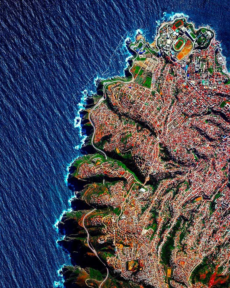 Mar y tierra de Chile desde el cielo