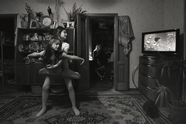 "BW Child Photo: ""Untitled"", Olga Ageeva (Rusia)"