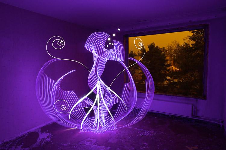Flores abstractas hechos con luz