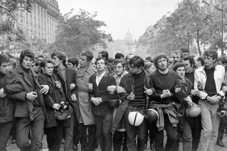 Henri Cartier-Bresson manifestación estudiantil 1968