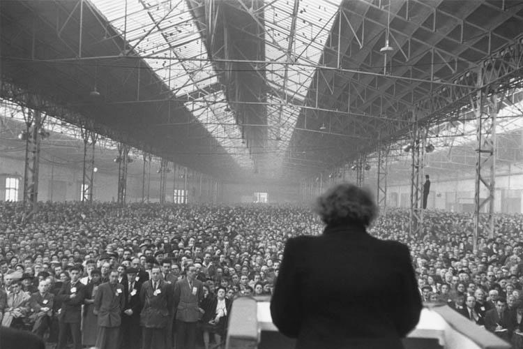 Henri Cartier-Bresson reunion politica 1953
