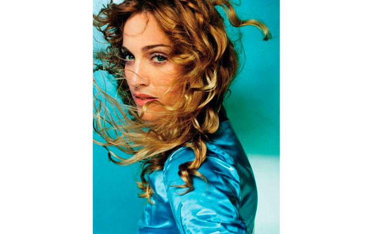 IMG-6--Madonna-Mario-Testino