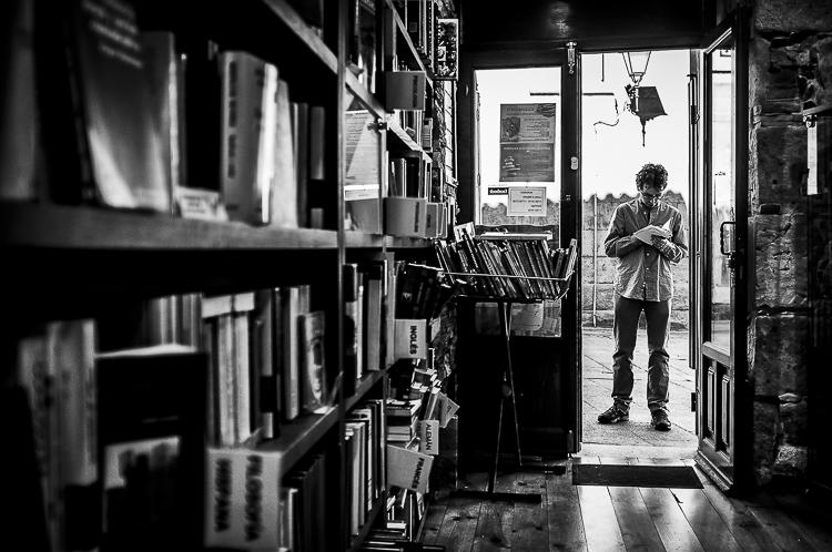 Puerta de librería