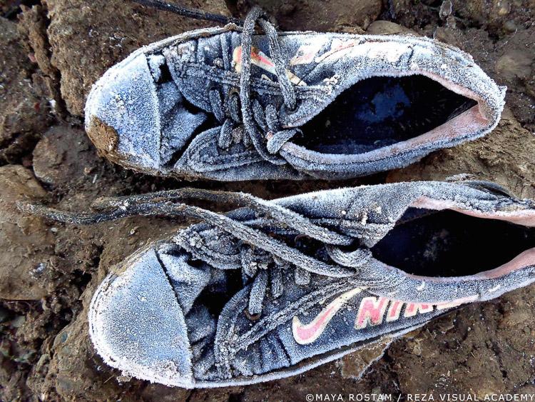 Zapatillas sucias y rotas