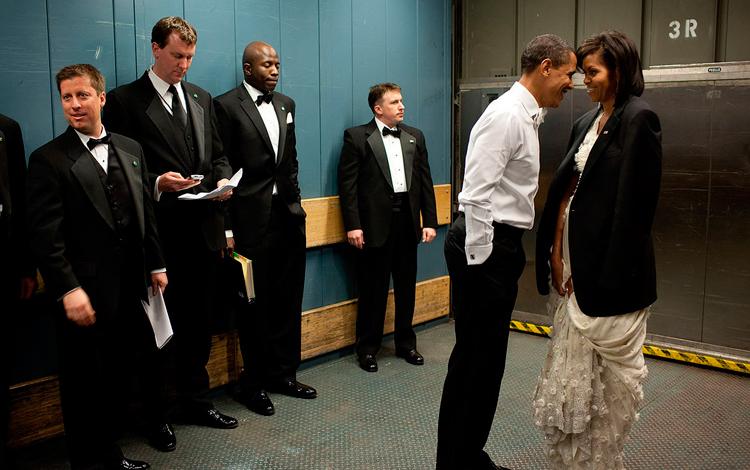 Barack Obama cariñoso con su mujer