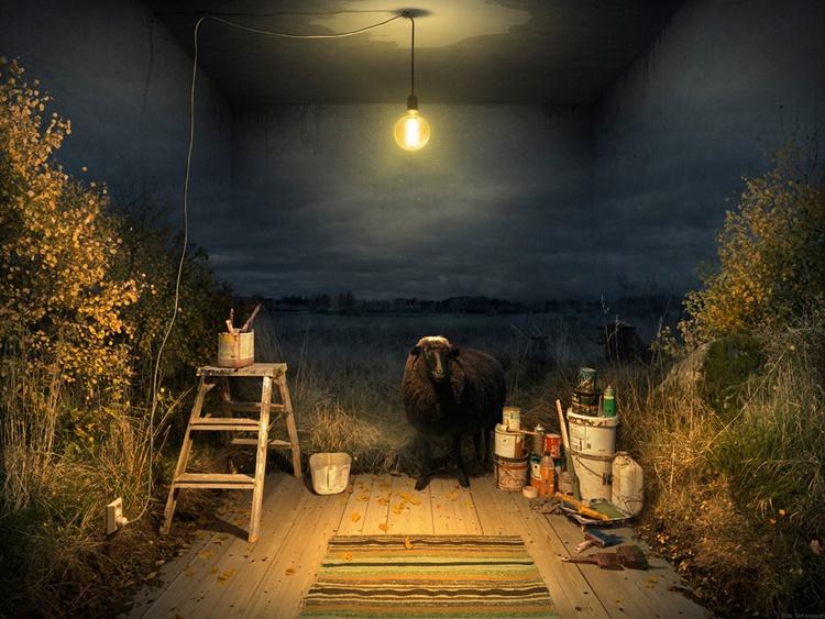 Erik Johansson- oveja dentro de una habitación
