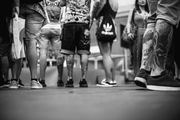 Gente esperando a entrar a Mulafest 2018