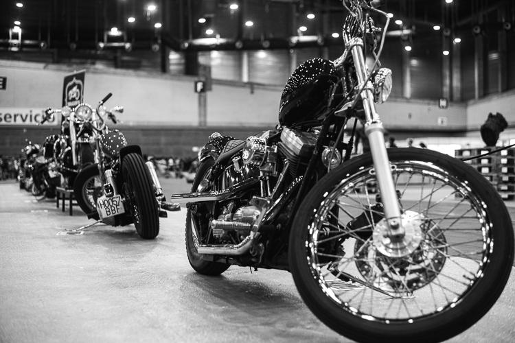 Exposición motos en Mulafest